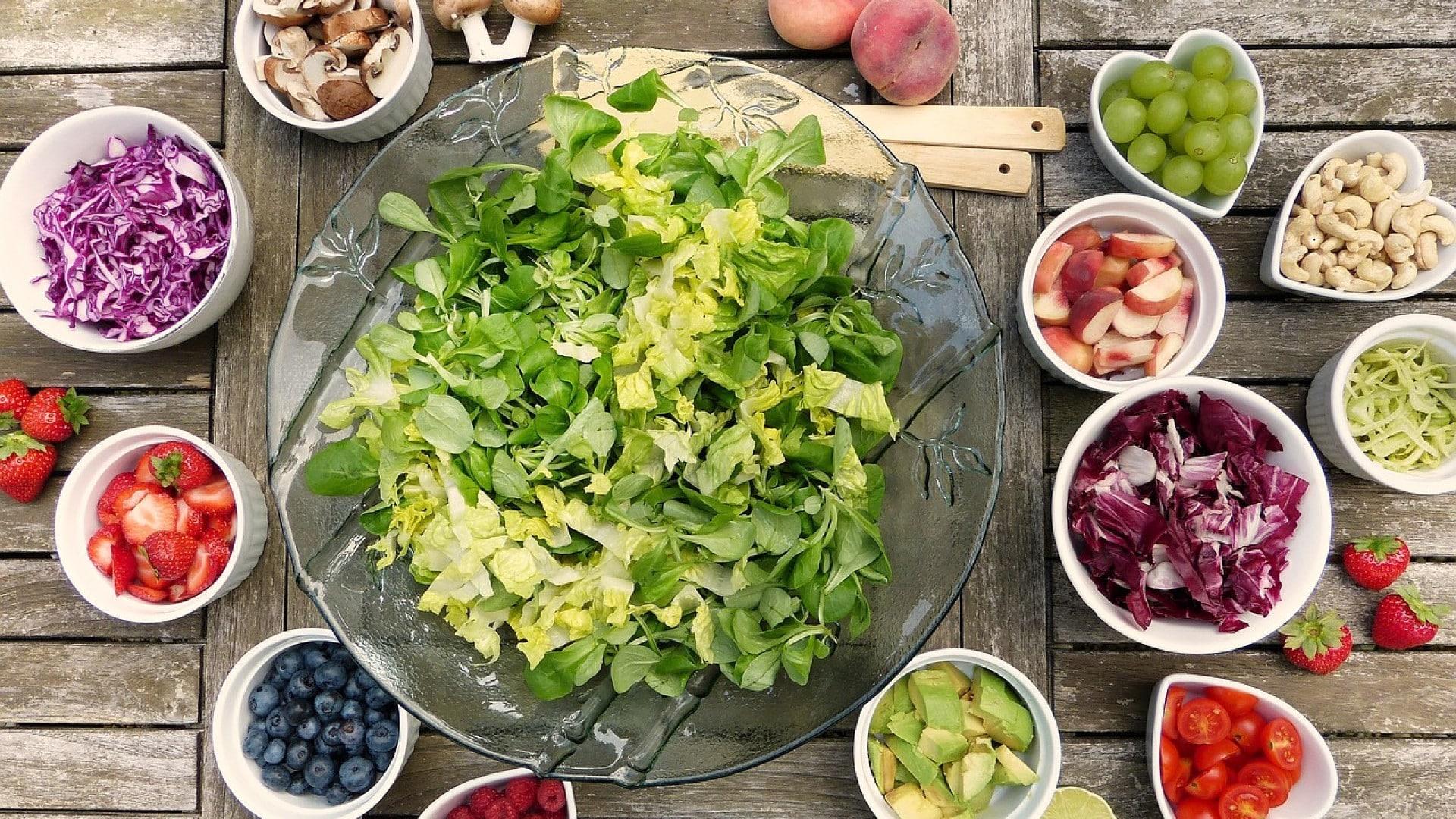 Une huile d'olive aromatisée pour déguster de bonnes salades